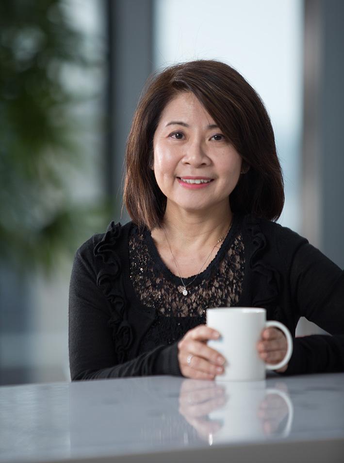 Agnes Ho